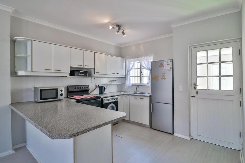 Townhouse For Sale in Harfield Village, Cape Town